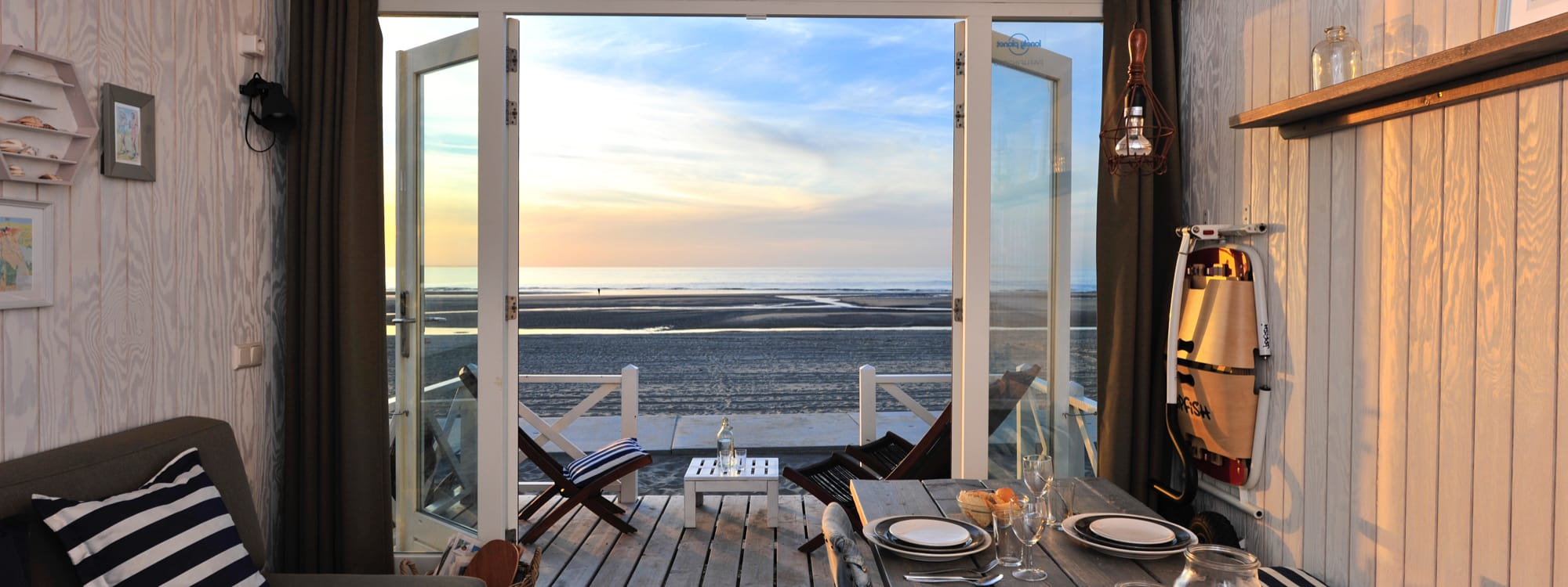 home strandhaus in holland mieten. Black Bedroom Furniture Sets. Home Design Ideas